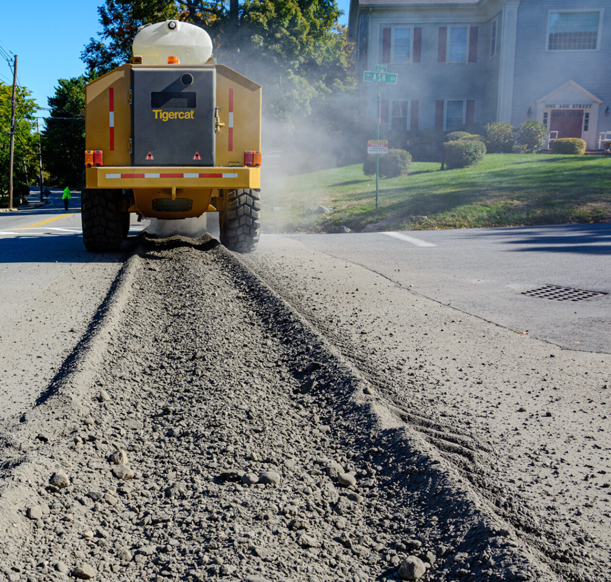 Home street works trencher 01