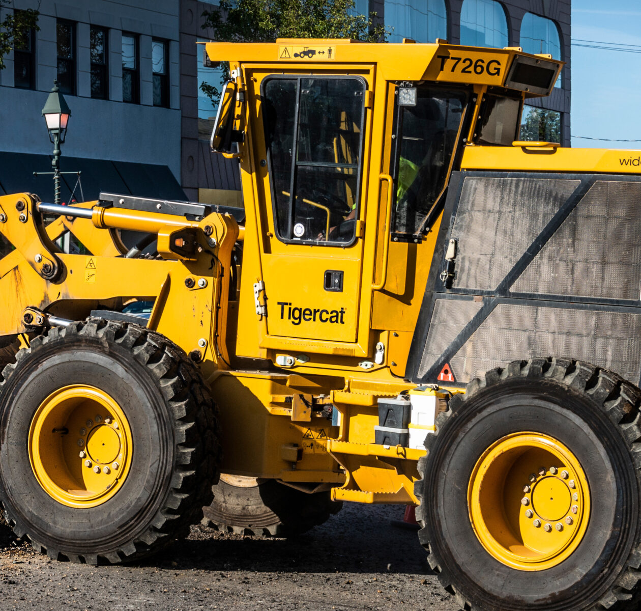 Home street works trencher 02